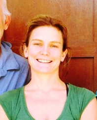 Ms Anneli Knight, Vic - joined a team for the first time in 2014. A successful journalist she proved equally talented at keeping up a steady stream of sterilised instruments for the busy Sept team